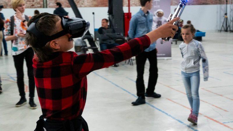 Безлимитный билет на VR-программы Центра «КОД»
